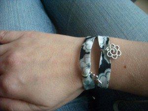Les bracelets en tissu liberty DSCN5437-300x225