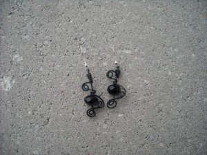 boucle d'oreilles dans colliers DSCN6365-300x225
