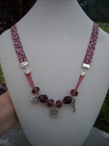 colliers et bracelet tissu liberty  dans colliers DSCN6439-225x300