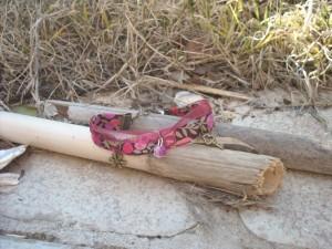 bracelets liberty, rubans de satin, breloques. dans colliers dscn7558-300x225