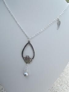 sautoirs, bracelets chaîne dans colliers dscf0364-225x300