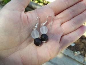 boucles d'oreilles, colliers dans colliers dscf0406-300x225